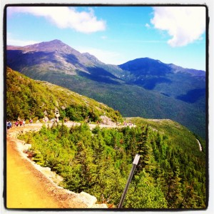 photo 389 300x300 To Fly: Running Mt Washington Road Race